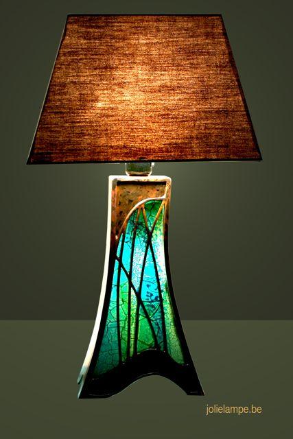 lampe de luxe en carton fabriqu e sur mesure cr atitions artistiques de pierre lysens. Black Bedroom Furniture Sets. Home Design Ideas